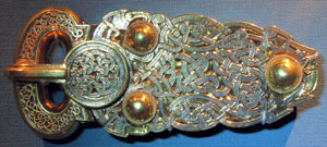 anglo-saxon brooch
